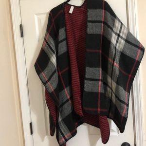 Balance Collection Plaid and Houndstooth Shawl O/S